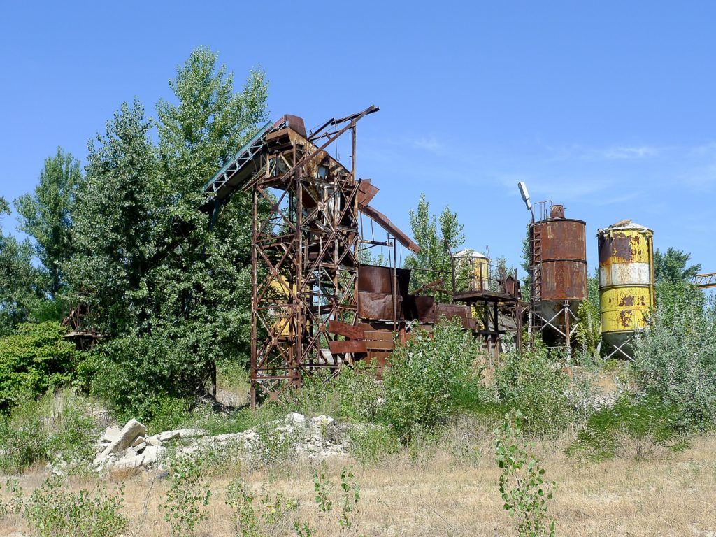 Industrial remains on the bank of the Danube