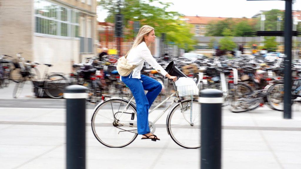 Malmo cycling girl